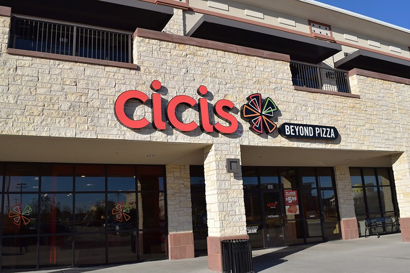 cicis pizza around me